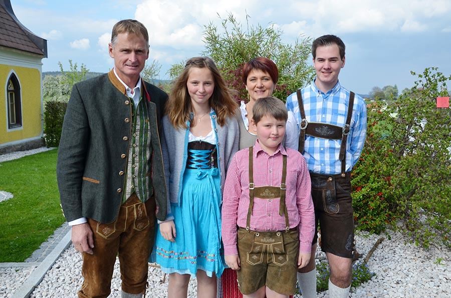 Christbaumverkauf Familie Habring